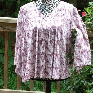 Merona Cream Burgundy Feather Print 3/4 Bell Slv